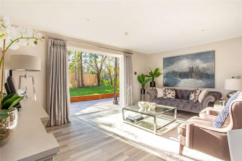 2 Bedrooms Apartment Flat for sale in Baring House, Baring Road, Beaconsfield, HP9