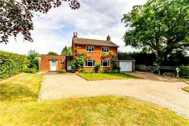 3 Bedrooms Detached House for sale in Clinton Lane, Bough Beech, Edenbridge, Kent