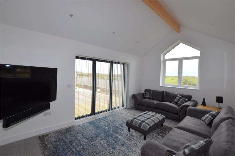 3 Bedrooms Bungalow for sale in Higher Trevellas, St. Agnes, TR5