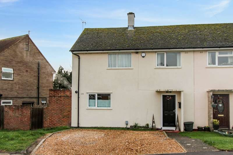 3 Bedrooms Semi Detached House for sale in Cody Road, Clapham, Bedford, MK41