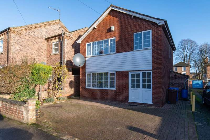 3 Bedrooms Detached House for sale in Castle Street, Boston