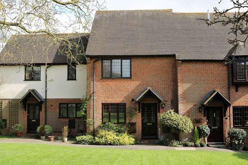 3 Bedrooms Terraced House for rent in Long Crendon, Buckinghamshire
