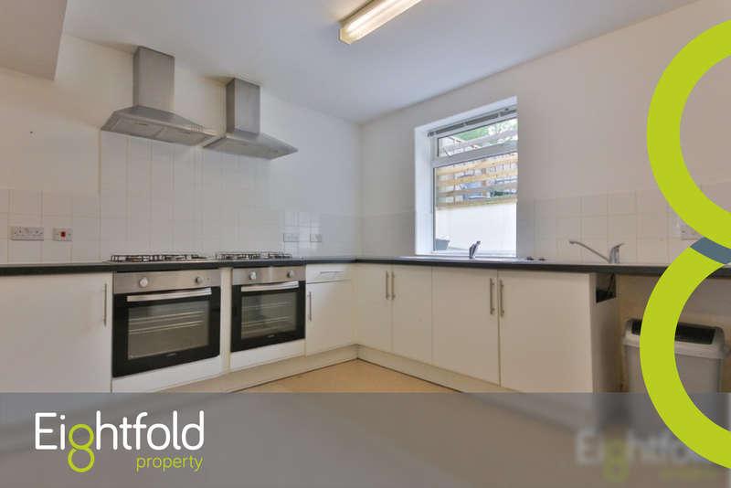 7 Bedrooms House for rent in Hillside, Brighton