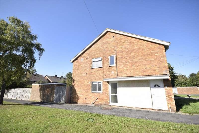 2 Bedrooms Flat for rent in Nash Close, Keynsham, BRISTOL, BS31