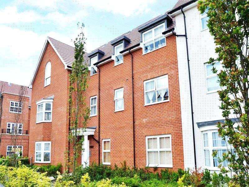 2 Bedrooms Apartment Flat for rent in Whitton House, Ashville Way, Wokingham, Berkshire, RG41