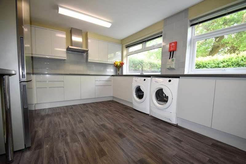5 Bedrooms End Of Terrace House for rent in Buckingham Grove, Hillingdon, UB10