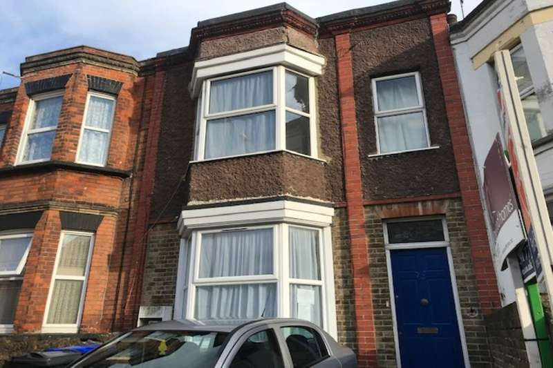 3 Bedrooms Property for rent in Eaton Road, Margate, CT9