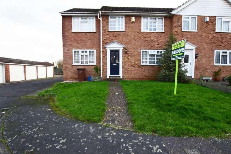 5 Bedrooms End Of Terrace House for sale in Macklands Way, Rainham, Gillingham