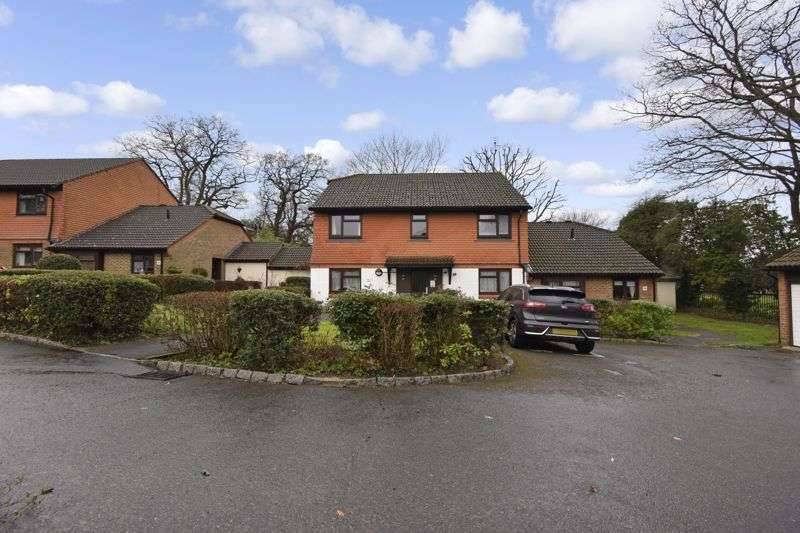 1 Bedroom Property for sale in Broadmead, Ashtead, KT21 1RT
