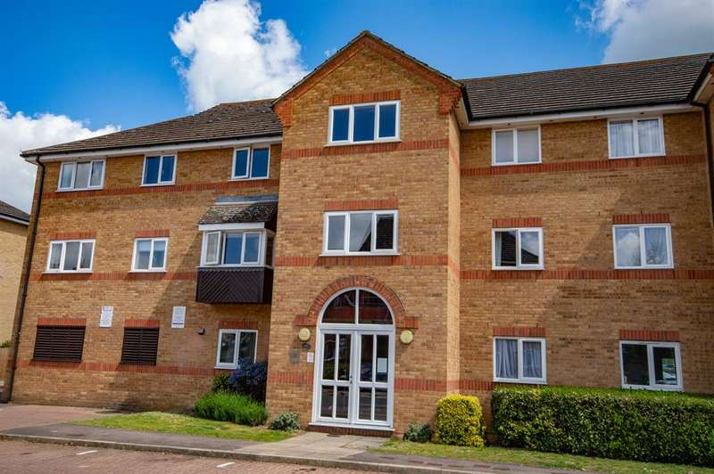 2 Bedrooms Flat for rent in Braziers Quay , Bishops Stortford, Herts