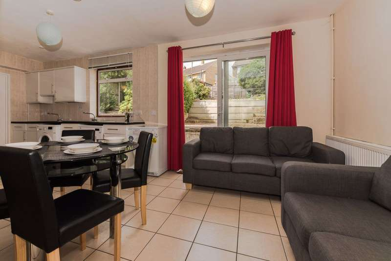 6 Bedrooms House for rent in Devon Road, Canterbury