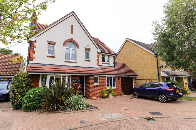 4 Bedrooms Detached House for sale in Starkey Close, Hammond Street