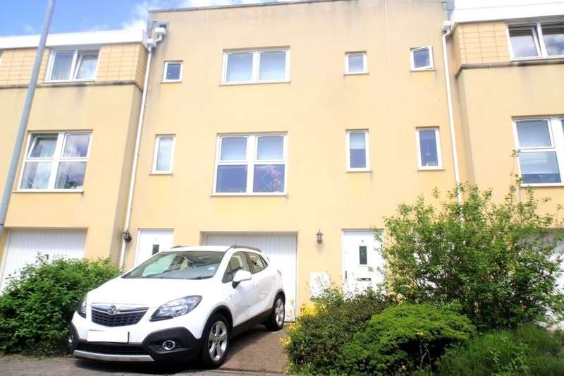 4 Bedrooms Property for rent in Richmond Court, Exeter, EX4