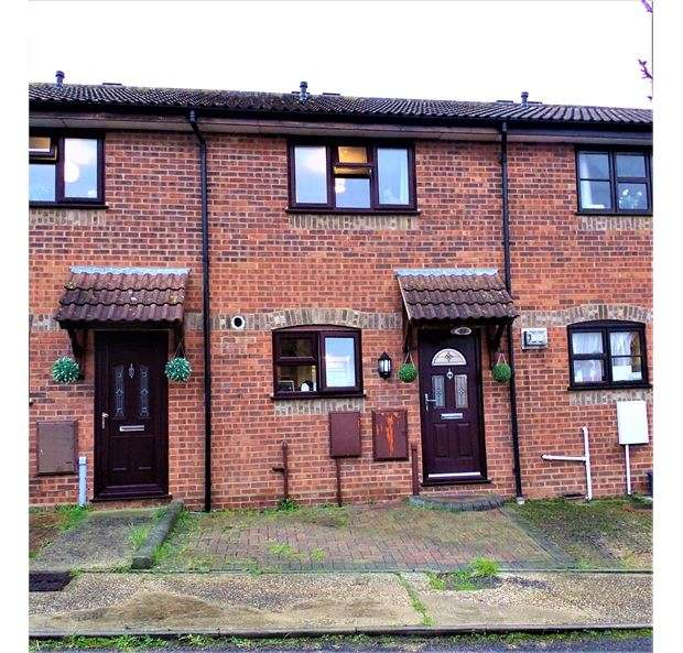 2 Bedrooms Terraced House for sale in Suffolk Avenue, Leigh on sea, Leigh on sea, SS9 3HF