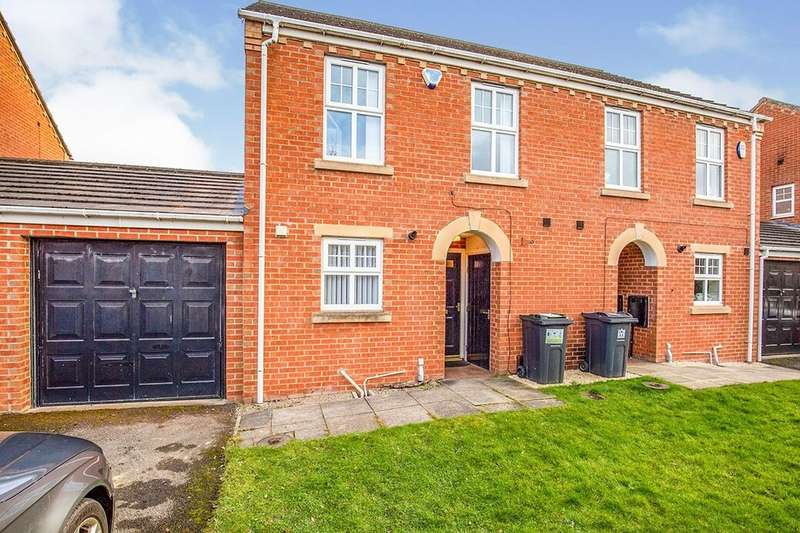 3 Bedrooms Semi Detached House for rent in Moorfield Close, Darlington, DL1