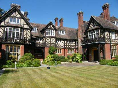 Flat for sale in Minstead, Lyndhurst, Hampshire
