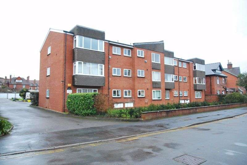 2 Bedrooms Property for sale in The Firs, Heathville Rd, Gloucester