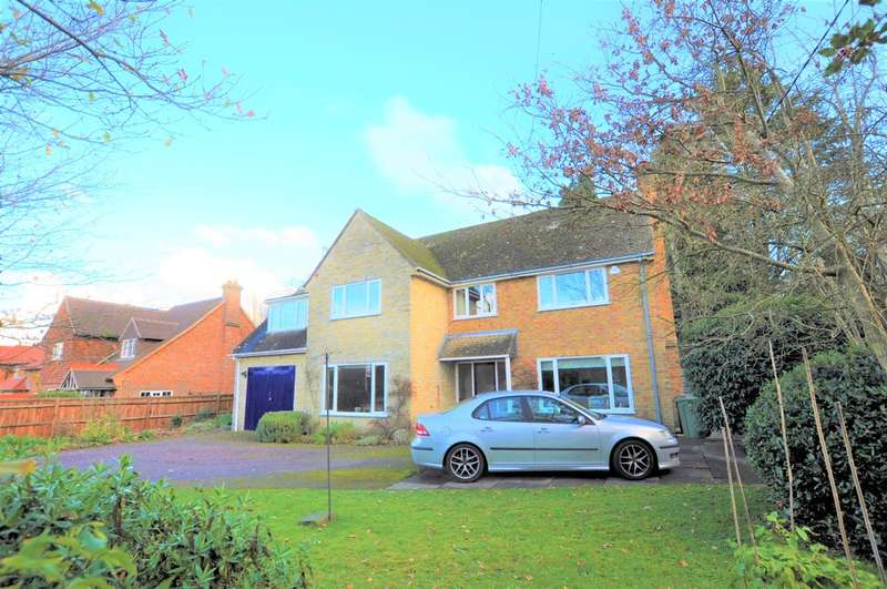 5 Bedrooms Detached House for sale in Glaziers Lane, Normandy