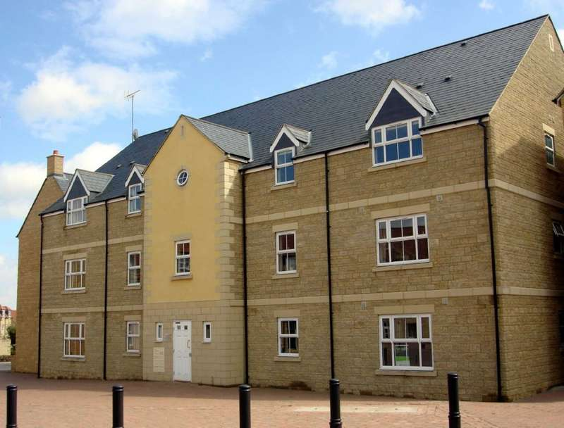 2 Bedrooms Flat for sale in Freestone Way, Corsham