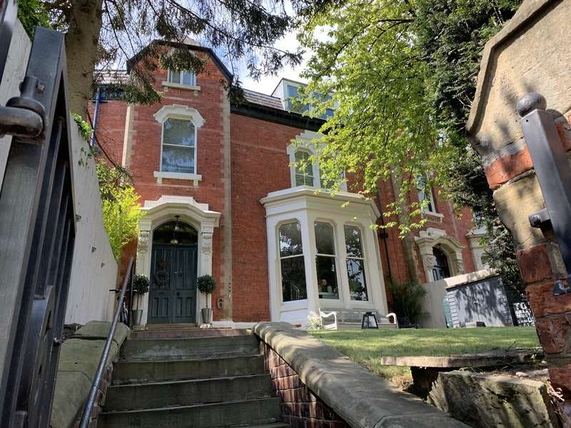 6 Bedrooms Terraced House for sale in Palace Road, Ripon, North Yorkshire, HG4
