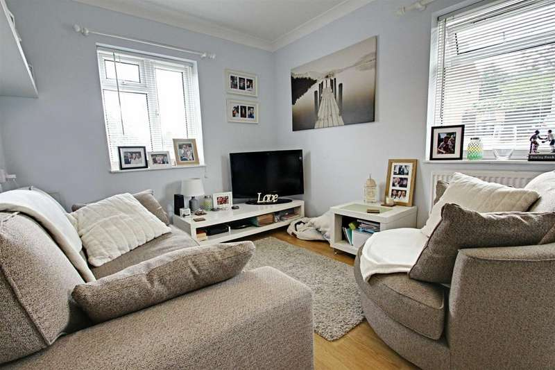 1 Bedroom Apartment Flat for sale in Loxley Road, NORTHCHURCH