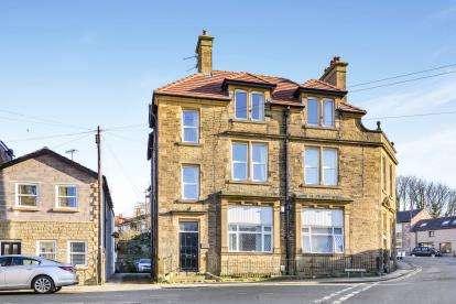 2 Bedrooms Flat for sale in Woborrow Road, Heysham, Morecambe, Lancashire, LA3