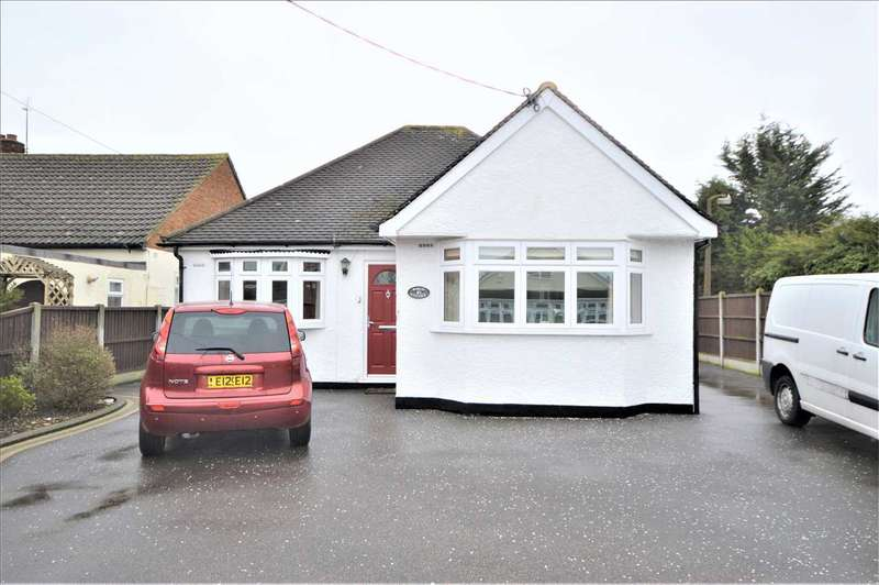 3 Bedrooms Detached Bungalow for sale in Mount Road, Wickford