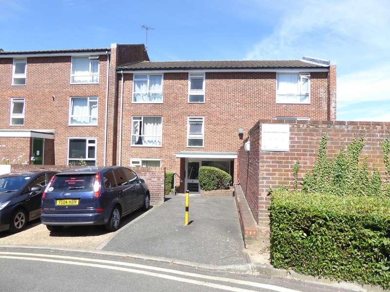 1 Bedroom Flat for rent in Holmbury Grove, Featherbed Lane