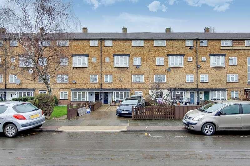 3 Bedrooms Flat for sale in Charlton Crescent, Thames, IG11