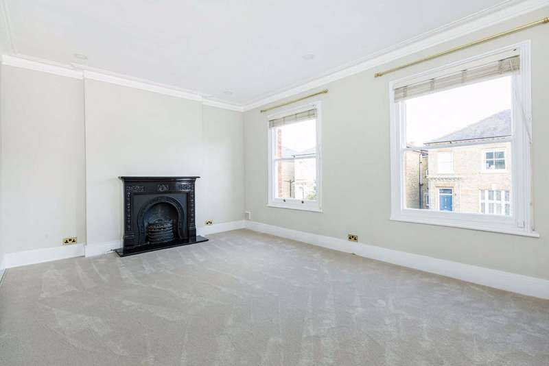3 Bedrooms Flat for sale in Stanbridge Road, Putney, London, SW15