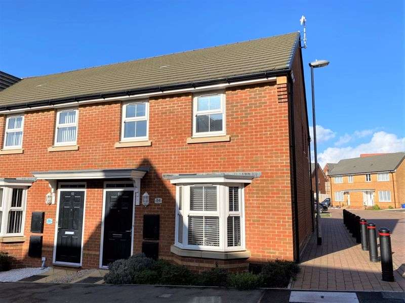 3 Bedrooms Property for sale in East Cowes, PO32 6GB