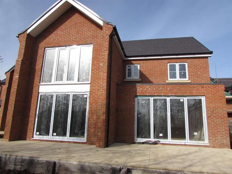 4 Bedrooms Detached House for sale in The Old Orchard, Gravenhurst