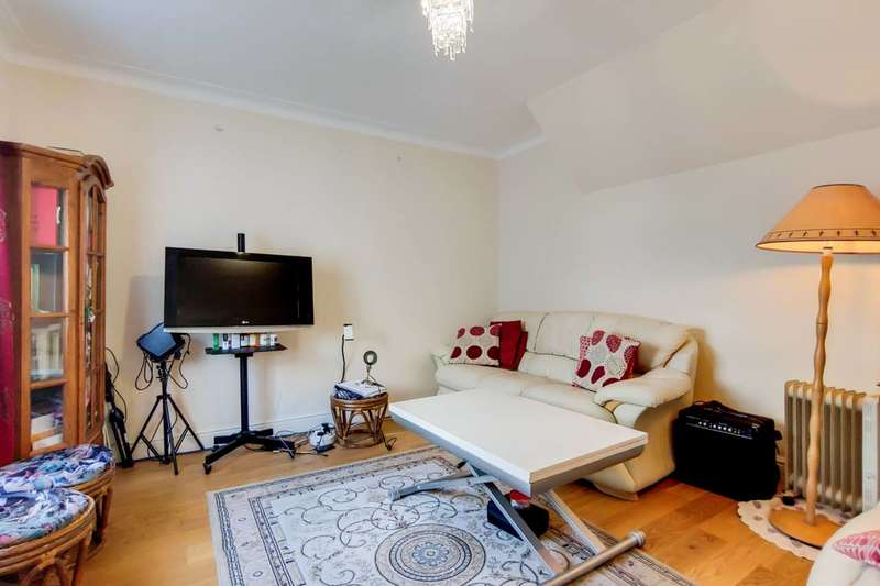 4 Bedrooms Cottage House for sale in Ames cottages, Hearnshaw Street, Limehouse, E14