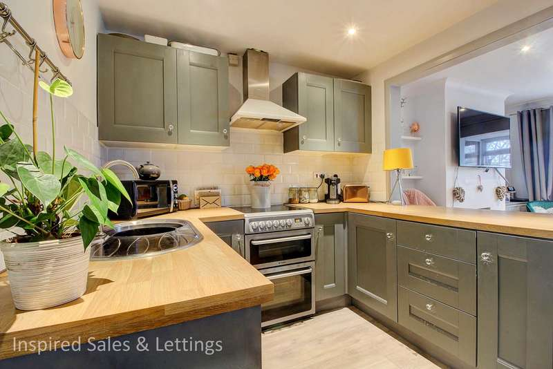 2 Bedrooms Terraced House for sale in Barrow Path, Leighton Buzzard