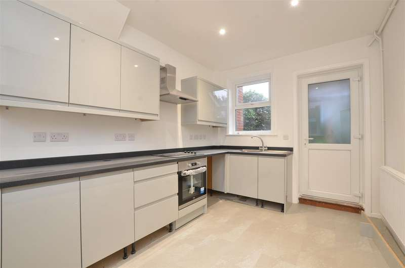 6 Bedrooms Detached House for rent in Norwich, NR2