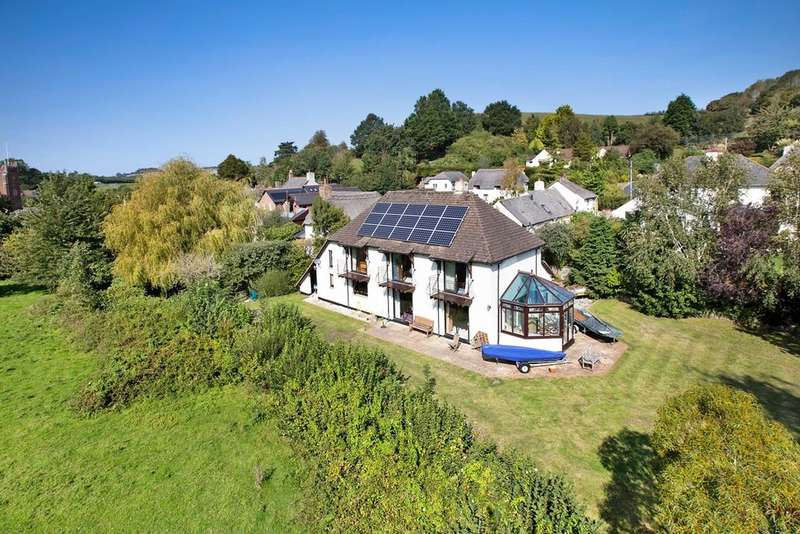 5 Bedrooms Detached House for sale in Combeinteignhead, Newton Abbot
