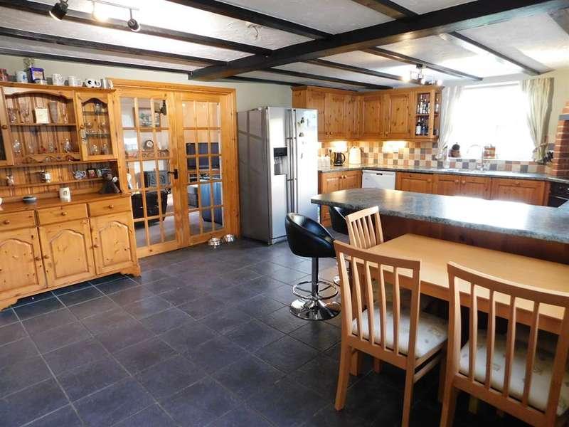 4 Bedrooms Detached House for sale in Billgate Lane, Burgh Le Marsh, Skegness, PE24 5AF