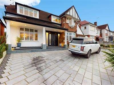4 Bedrooms Detached House for rent in Sudbury Court Drive, Harrow