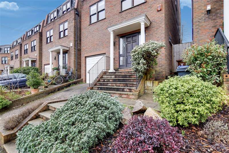 5 Bedrooms Detached House for sale in Pine Grove, London, SW19