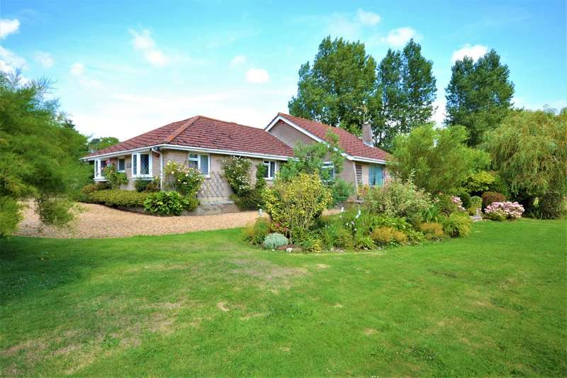 4 Bedrooms Detached Bungalow for sale in Newchurch Crossing, Langbridge