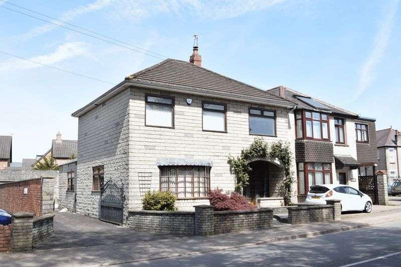 3 Bedrooms Property for sale in Newport Road, Llantarnam