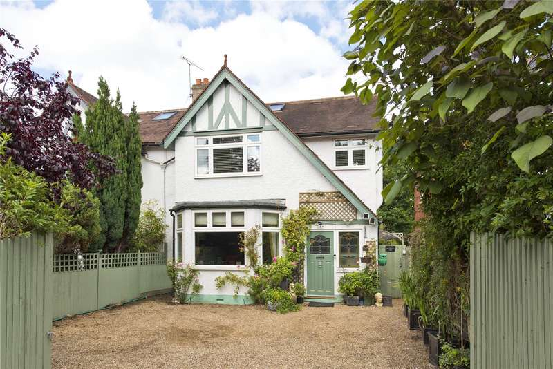 5 Bedrooms Semi Detached House for sale in Hersham Road, Walton-on-Thames, Surrey, KT12