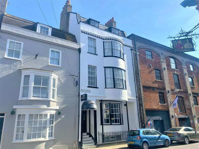 9 Bedrooms Town House for sale in Period Freehold Guest House, Nr Harbour