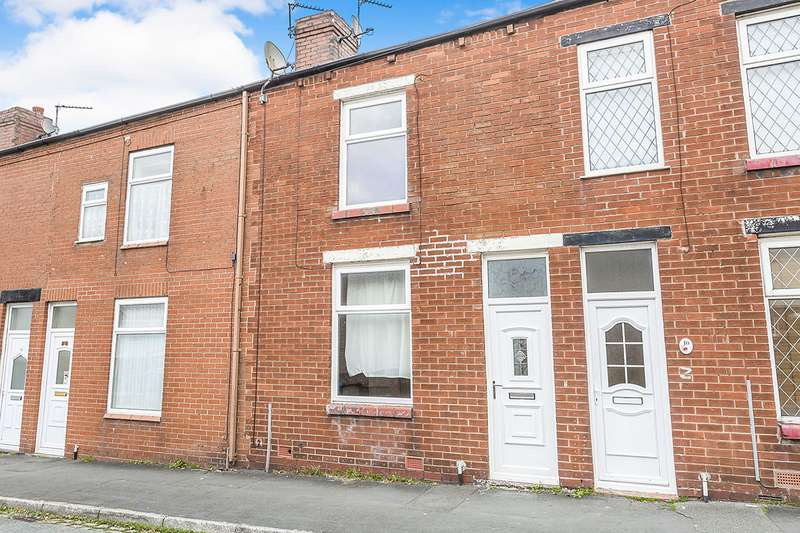 2 Bedrooms House for sale in Crook Street, Chorley, Lancashire, PR7
