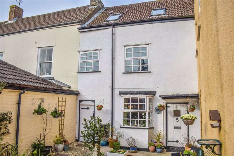 3 Bedrooms Terraced House for sale in Salter Street, Berkeley, GL13