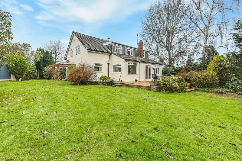 4 Bedrooms Detached House for sale in Berrys Green Road, Berrys Green, Westerham