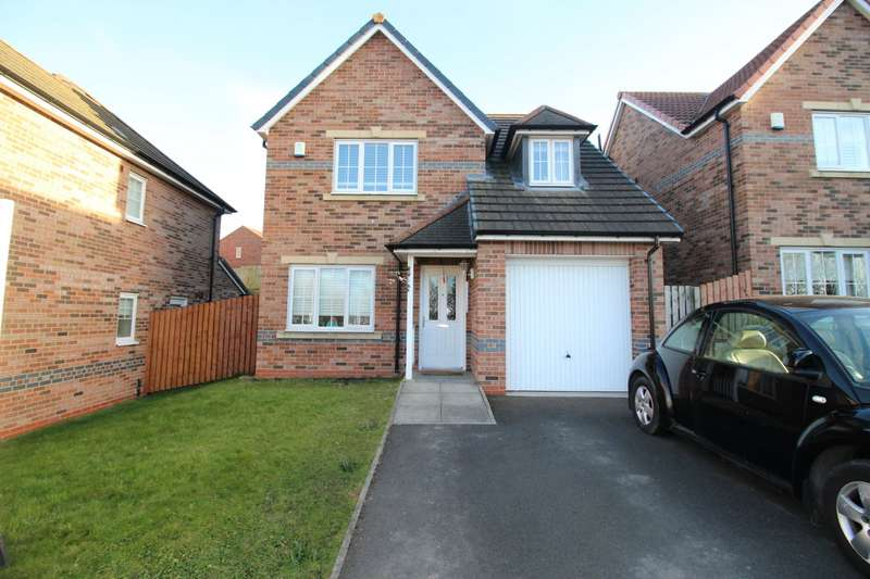3 Bedrooms Detached House for sale in Pickering Drive, Blaydon-on-Tyne, Tyne and Wear, NE21