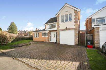 5 Bedrooms Detached House for sale in Riversleigh Road, Leamington Spa, Warwickshire, England