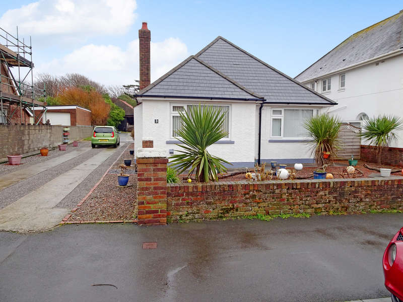 4 Bedrooms Detached Bungalow for sale in WINDSOR ROAD, PORTHCAWL, CF36 3LR