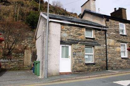 2 Bedrooms End Of Terrace House for sale in Tanlan, Tanygrisiau, Blaenau Ffestiniog, Gwynedd, LL41